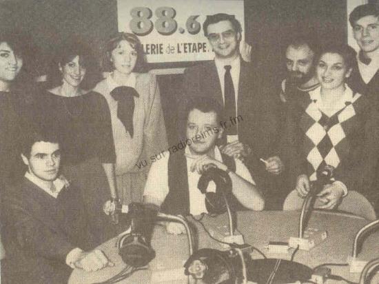 L'équipe 88.6 (Jean-Pierre Brunois est en haut au milieu)
