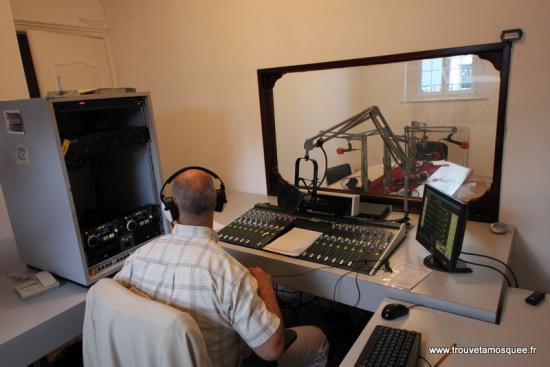 Studio (photo issue du site www.trouvetamosquee.fr)