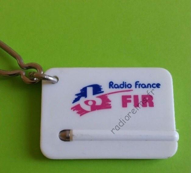 Porte crayon FIR (1) - merci à Benoit Biard